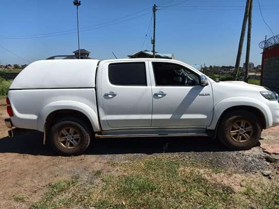 TOYOTA HILUX 4/4 DOUBLE CAB 2012 image 12
