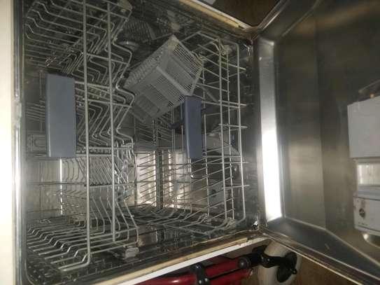 Dish washer image 2