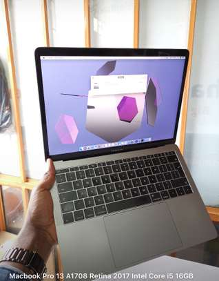 MacBook Pro 13 A1708 Retina 2017 core i5 16gb ram 256gb Ssd u image 3