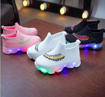 Kids sneakers image 1