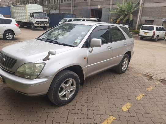 AFFORDABLE TOYOTA HARRIER FOR SALE AT NEGOTIABLE PRICE