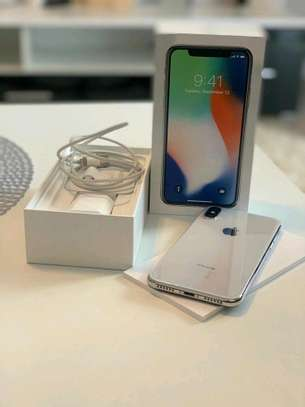 Apple Iphone x  : 256 Gb & Iwatch Series 3 ( gps and cellular version ) image 5
