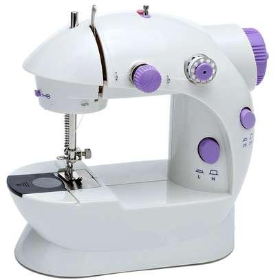 Mini Sewing Machine image 7