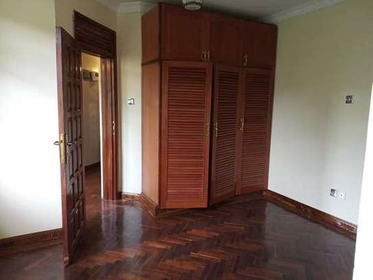 MODERN SPACIOUS 3 BEDROOM HOUSE READY FOR OCCUPATION IN KAHAWA SUKARI OWN-COMPOUND. image 3