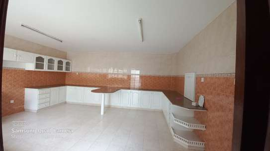 4 bedroom townhouse for rent in Brookside image 18