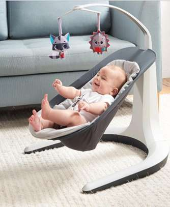 baby bouncer/rocker image 2