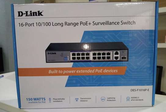 16 Port DLink Swith image 1