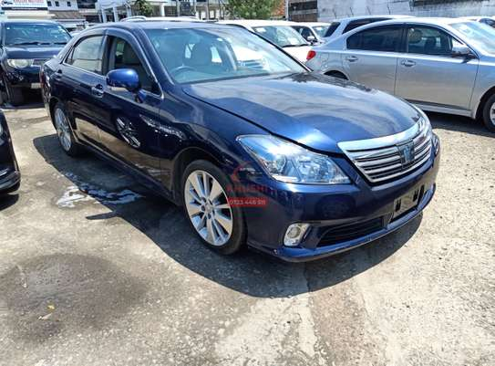 Toyota Crown Royal 3.0 image 3