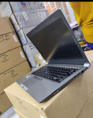 Toshiba Portege Z30B-119 5th gen 4gb ram 256 ssd image 2