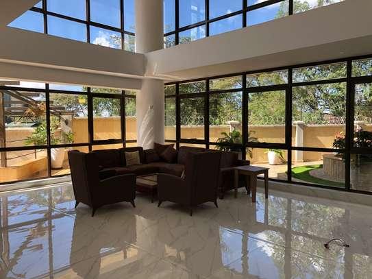 Furnished 3 bedroom apartment for rent in Kilimani image 19