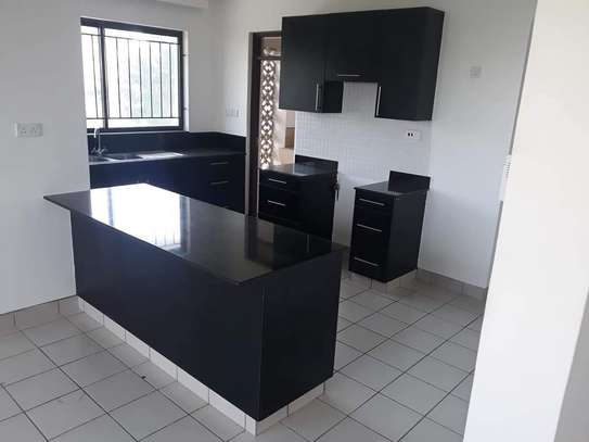 3 bedroom apartment for sale in Tudor image 2