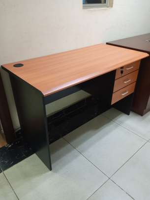 Imported 1.2m office desk image 1