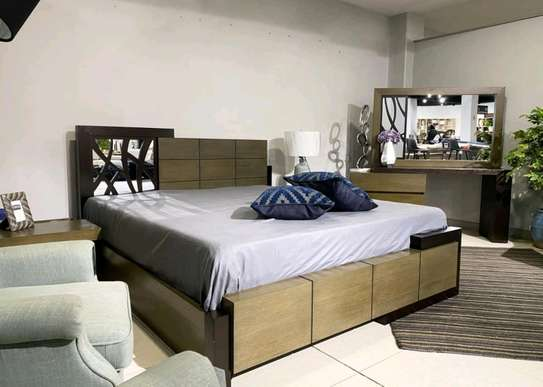 Solid mahogany queen size beds