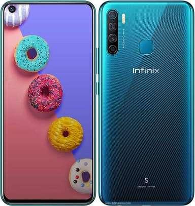 Infinix S5 image 1