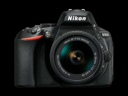 NIKON D5600 dslr/ interchangable lens camera image 1
