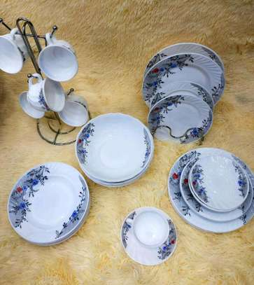 36 pieces Dinner Set image 1