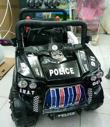 Battery operated police car 30.0 tc image 1