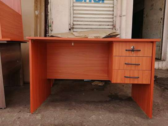 Secretarial chair ➕ desk image 9