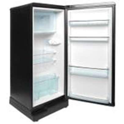 Ramtons RF/219 - Single Door Refrigerator - 165L - Titan Silver image 3