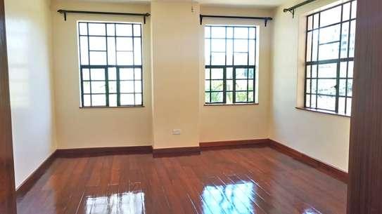 4 bedroom townhouse for rent in Kitisuru image 3