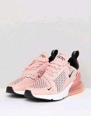 women sports shoe image 1
