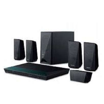 1000 watts Sony DAV dz 350 home theater