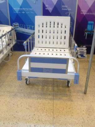 Two crank hospital and home nursing bed image 3