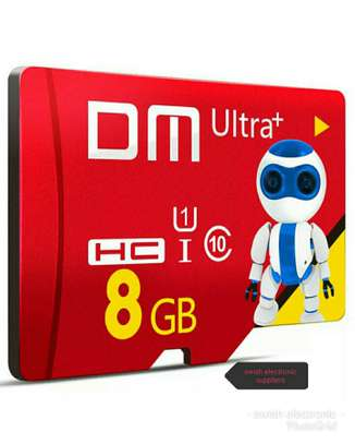 8 GB New DM Brand Robot Series microSD card is rated A1 and optimized for apps