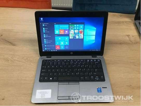 HP Elitebook 820 image 1