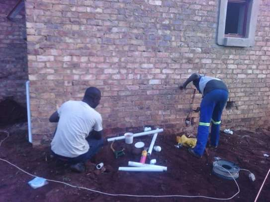 Need A Reliable Handyman,  Plumber, Housekeeper,Gardener, Electrician,  Painter,  Pest Control or  House Maid? image 12