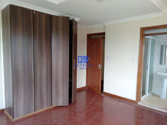 4 bedroom house for rent in Red Hill image 14