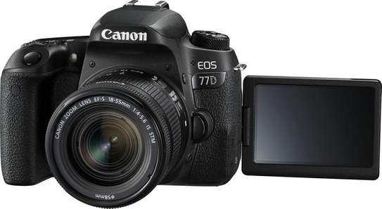 Canon EOS 77D DSLR Camera With 18-55mm - Brand new sealed