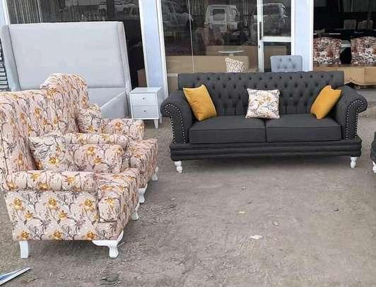 Five seater sofas for sale in Nairobi Kenya/three seater sofa/single seater sofa/floral chairs for sale in Nairobi Kenya image 1