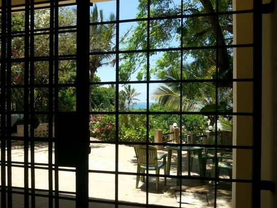 2br furnished beachfront apartment for rent in Nyali. id 2195 image 12