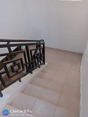 4 BEDROOMS, TOWNHOUSE THINDIGUA TO LET: 90K image 11