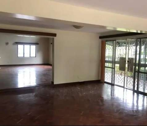 6 bedroom house for rent in Spring Valley image 2