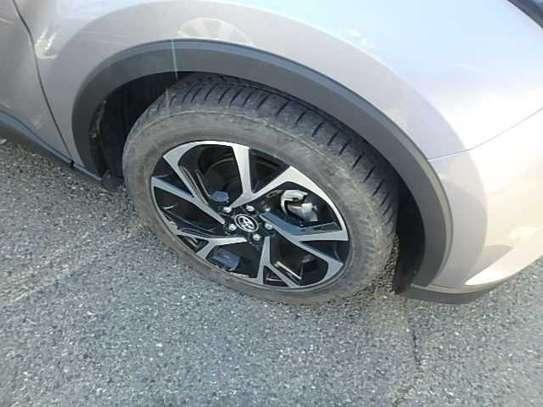 Toyota C-HR image 5