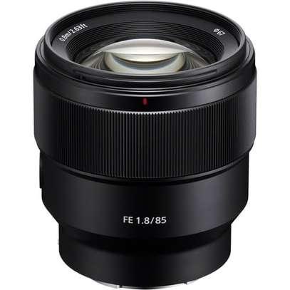Sony FE 85mm f/1.8 Lens image 1