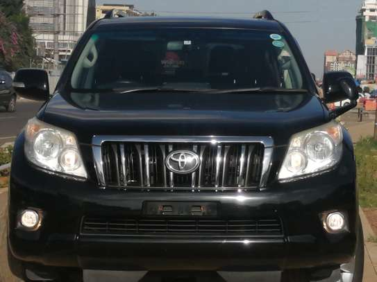 Toyota Prado TX 2013 with Sunroof and leather seats image 1