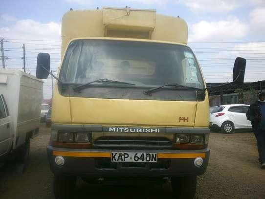 Mitsubishi FH image 8
