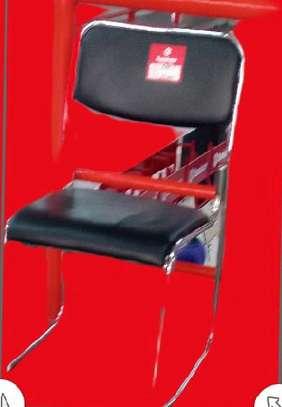 Black reception seat with PU leather padding image 1
