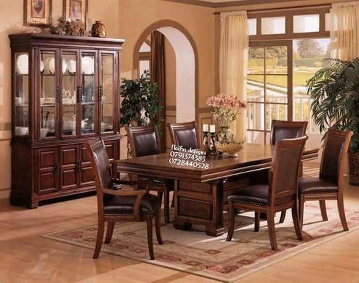 Vintage dining table set for sale in Nairobi Kenya/six seater dining table image 1
