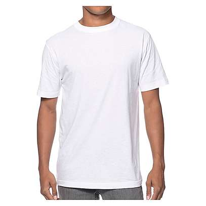 T-Shirt Plain White image 1