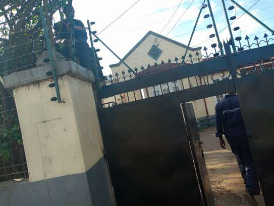 swing gate automatic gate installer in kenya image 1