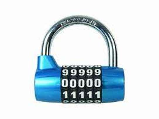 5 Digital Combination Lock image 1