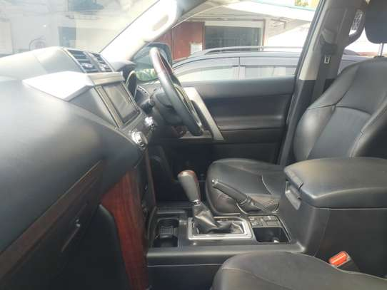 Toyota Land Cruiser Prado TX-L image 4