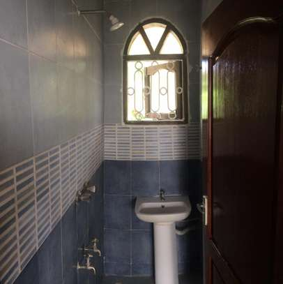 2br House for Rent in Nyali.HR11-NYALI image 9