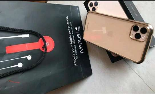 Apple Iphone 11 Pro Max 512 Gb Gold And Airpods