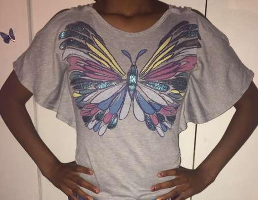 Girls shirt age 9-11 image 3