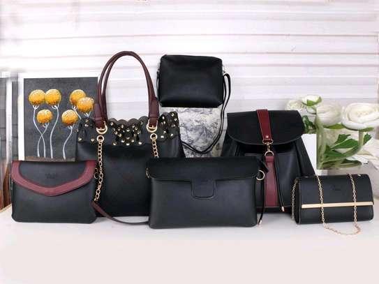 Black ladkes handbags 6 in 1 image 1